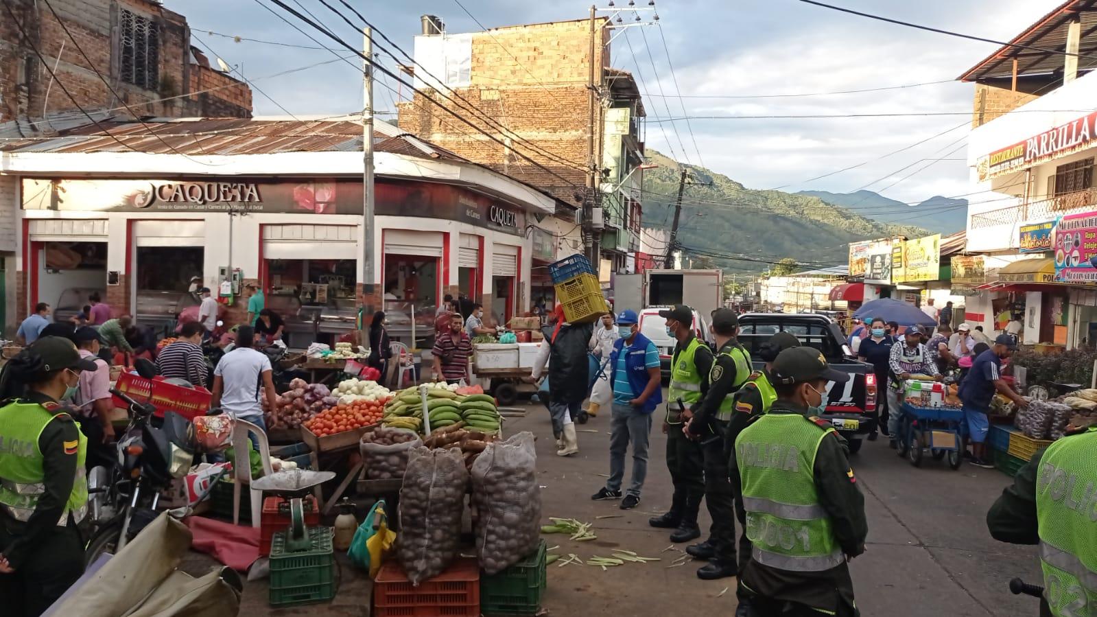 Operativos para recuperar el espacio público en dos zonas de Ibagué
