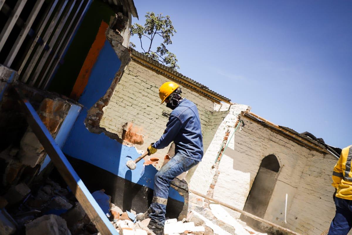 Dos casas fueron demolidas por ser 'ollas' del microtráfico